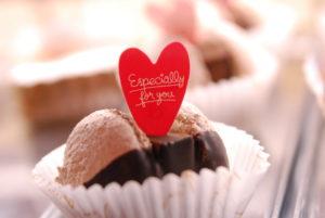 トゥンカロン|新安城のお菓子の店(ケーキ屋)|モントル|お誕生日ケーキ・季節のタルト・焼き菓子ギフトなど。カフェ併設
